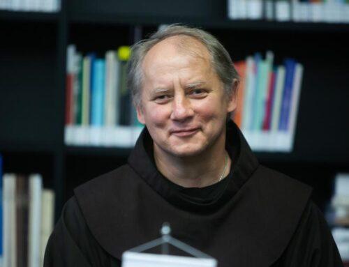 Šiemet Vilniaus garbės piliečiu tapo br. Julius Sasnauskas OFM